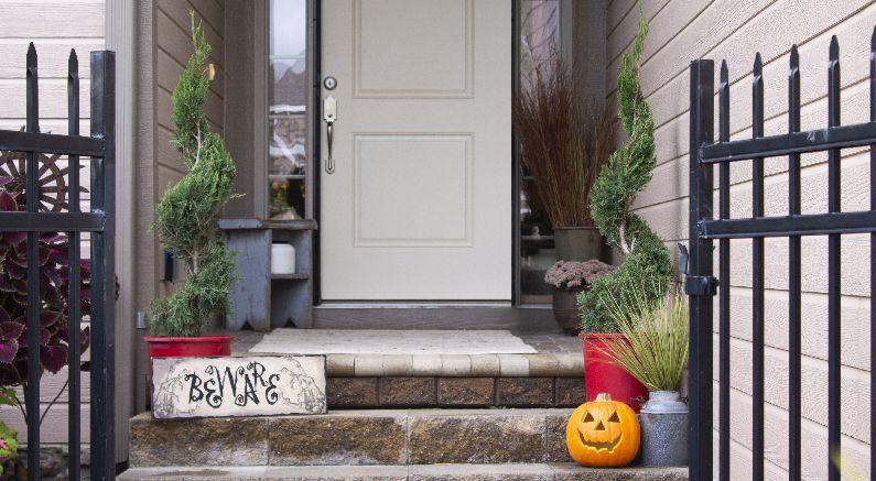Halloween Doorscape