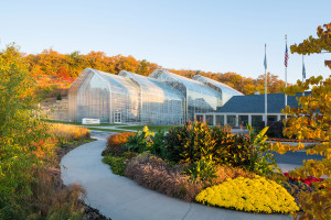 The 7 Best Botanical Gardens to Visit in the Midwest